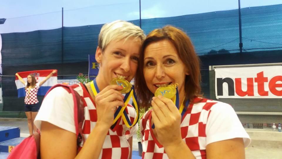 Par Nives Jelovica - Tanja Grubiša - na vrhu Europe