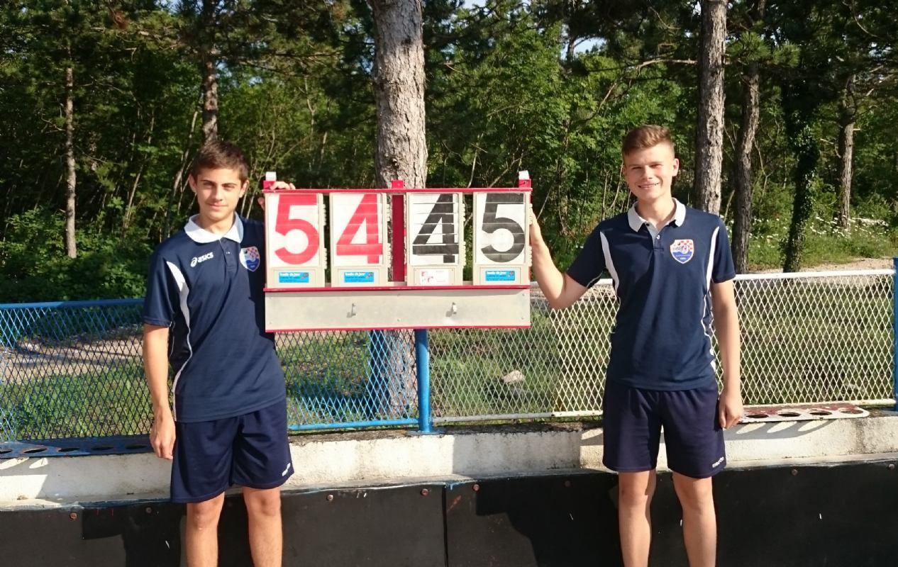 Lovro Šipek i Filip Klarić postavili novi hrvatski kadetski rekord