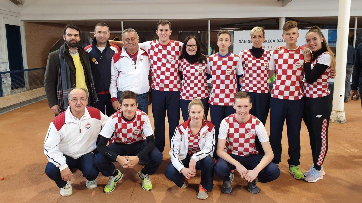 Međunarodni turnir četvorki u Sloveniji
