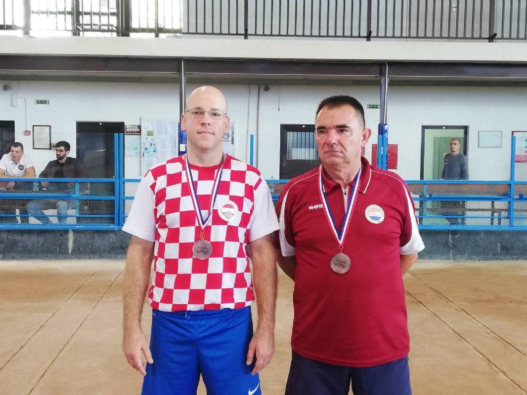 Buterinu i Kolčegu brončane medalje sa PH u preciznom izbijanju